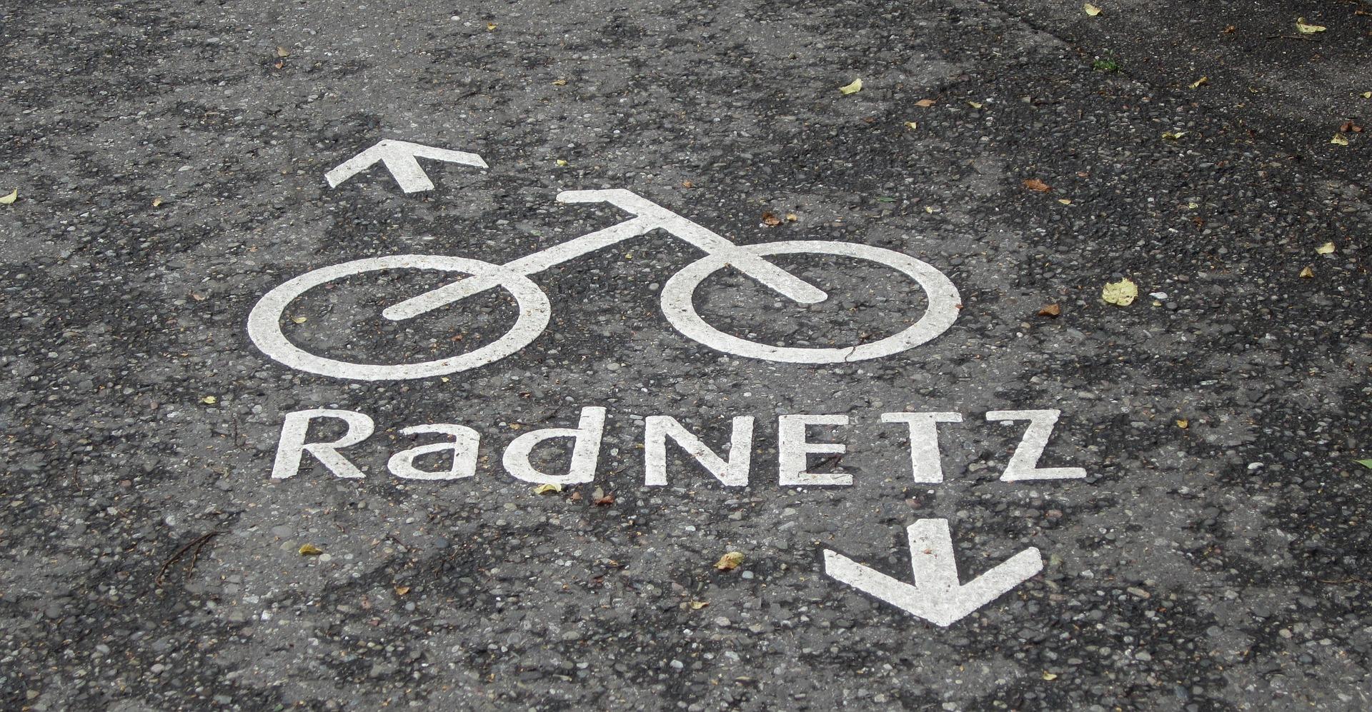 PRESSEMITTEILUNG: Erste durchgehende Fahrradachse in Wesel