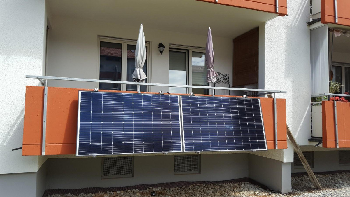 Balkon-Photovoltaik-Anlagen